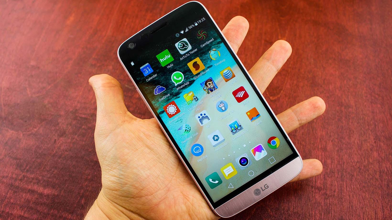 LG G6 Di Tangan