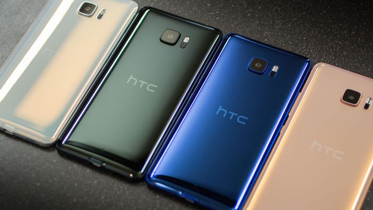 Varian Warna HTC U Ultra