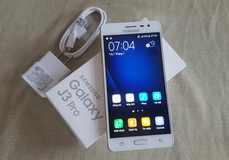 Kelengkapan Samsung Galaxy J3 Pro
