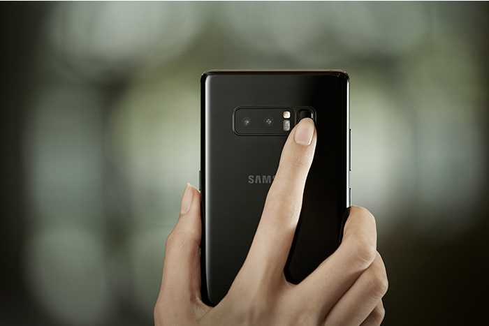 Tampilan Belakang Samsung Galaxy Note 8